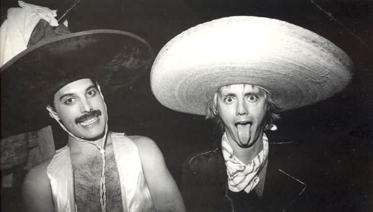 Con una asistencia altísima -ya que muchos espectadores llegaron desde  Ciudad de México- el consumo de drogas y alcohol se hizo presente. f7e7447c3ff