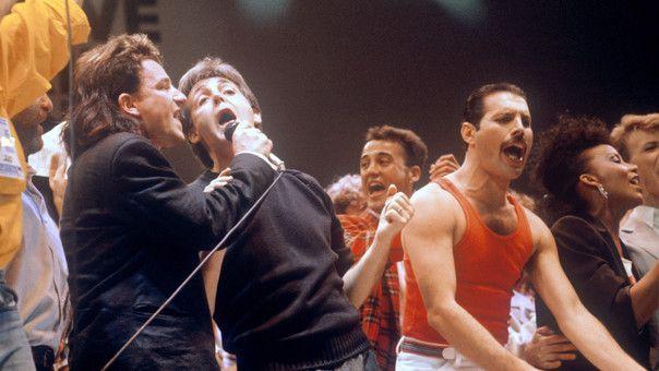 Bono, Paul Mc Cartney y Freddie Mercury en Live Aid.