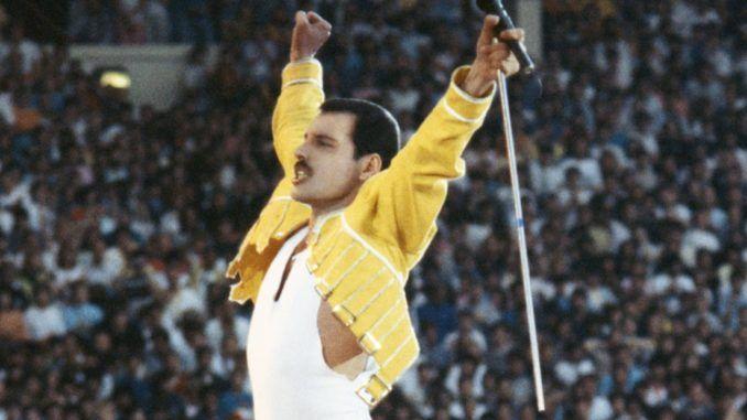 Freddie Mercury en Wembley, 1986. Queen.