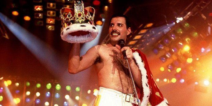 Freddie Mercury. Knebworth Park, 1986.