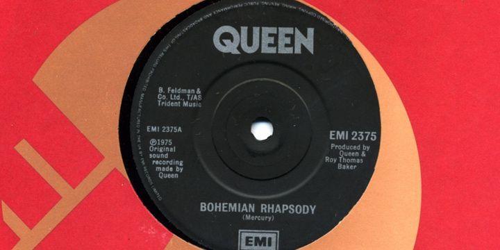 Single de Bohemain Rhapsody. Roger Taylor.