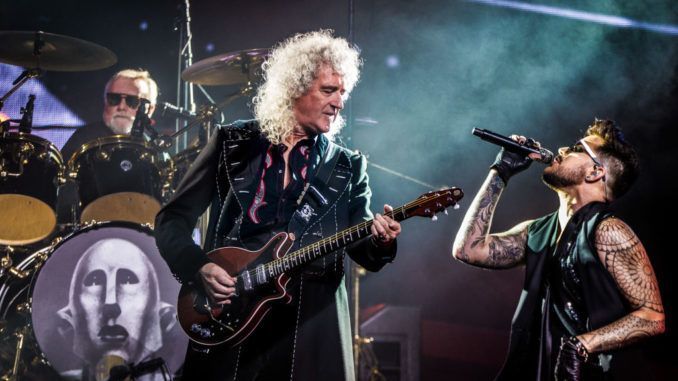 Queen and Adam Lambert perform at Ziggo Dome, Amsterdam, Netherlands, 13th November 2017. L-R drummer Roger Taylor, guitarist Brian May and singer Adam Lambert. (Photo by Paul Bergen/Redferns)