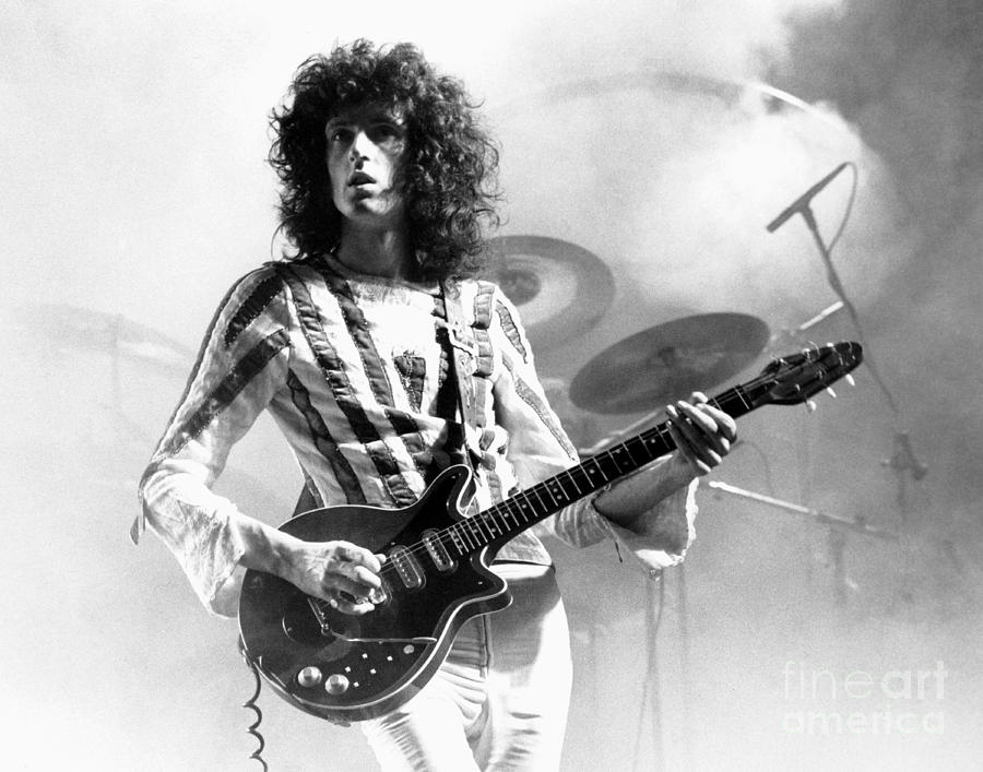 Brian May. White Queen.