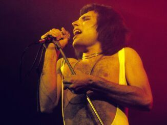 freddie mercury queen hyde park 1976