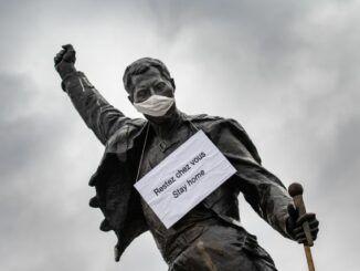 freddie mercury estatua coronavirus montreux