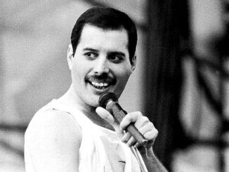 Freddie Mercury Slane Castle 1986 Magic Tour Queen