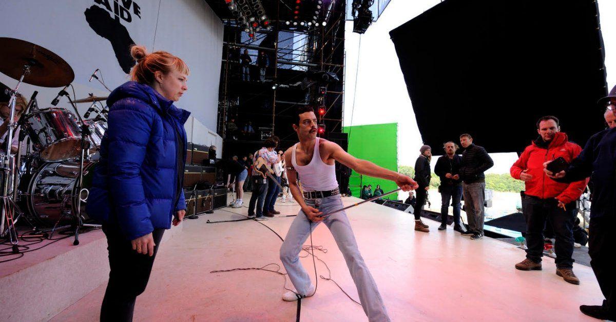Polly Bennett con Rami Malek en el set de rodaje de Bohemian Rhapsody